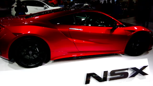 acura nsx in the canadian international autoshow which is canada's largest automotive show held annually at the metro toronto convention centre - strategia di vendita video stock e b–roll
