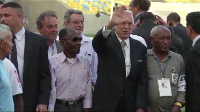 vídeos y material grabado en eventos de stock de acusado de estar conectado con el escandalo de corrupcion de la fifa el expresidente de la federacion brasilena de futbol jose maria marin comparecio... - ee.uu