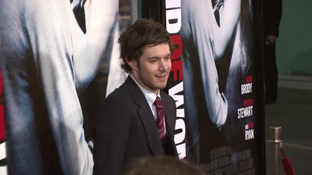 adam brody at the 'in the land of women' los angeles premiere at arclight cinemas in hollywood california on april 16 2007 - adam brody stock videos & royalty-free footage