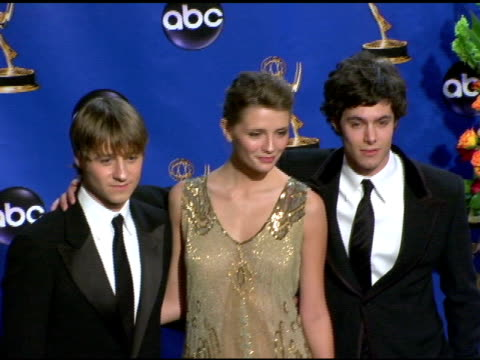 adam brody, mischa barton and benjamin mckenzie, presenters of outstanding directing for a drama series at the 2004 primetime emmy awards press room... - mischa barton stock videos & royalty-free footage
