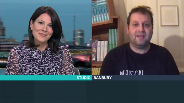 adam kay interview; england: london: gir: / banbury: int adam kay live 2-way interview via internet sot. - itv london tonight stock-videos und b-roll-filmmaterial