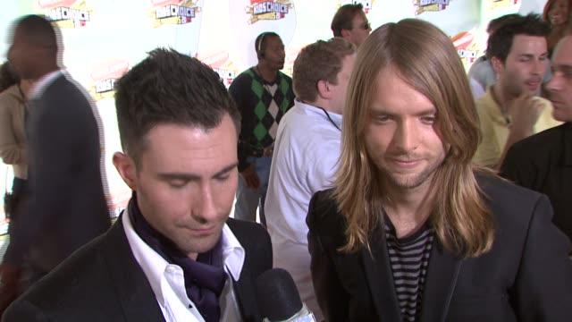 adam levine and james valentine of maroon 5 at the 2007 nickelodeon's kids' choice awards at ucla's pauley pavilion in los angeles california on... - 2007 stock videos & royalty-free footage
