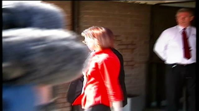 vídeos de stock e filmes b-roll de jury returns suicide verdict england county durham chesterlestreet magistrates court ext carol pounder along with others carol pounder speaking to... - condado de durham inglaterra