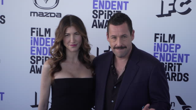 adam sandler jackie sandler at the 2020 film independent spirit awards on february 08 2020 in santa monica california - film independent spirit awards stock videos & royalty-free footage