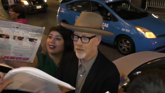 vídeos de stock, filmes e b-roll de adam savage refuses to answer if the female orgasm is a myth at san diego comiccon international 2018 at celebrity sightings at comiccon on july 21... - orgasmo