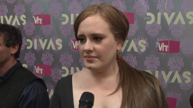 adele talking about being a diva rehearsing for the show and what she'll be performing at the 2009 vh1 divas red carpet at new york ny - vh1 divas stock videos and b-roll footage