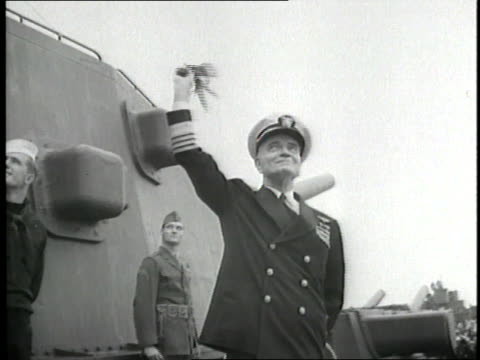 us admiral william f halsey waves from the deck of a ship full of us navy sailors as they enter san francisco bay - william halsey stock-videos und b-roll-filmmaterial