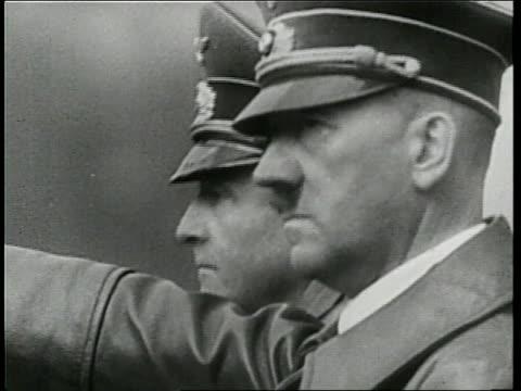adolf hitler talks to a nazi officer during world war ii - deutsches militär stock-videos und b-roll-filmmaterial