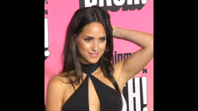 GIF Adria Arjona at the Entertainment Weekly San Diego Comic Con Party