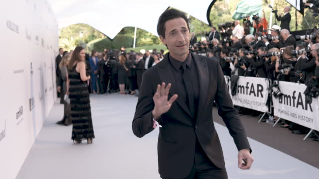 adrian brody at amfar cannes gala 2019 - arrivals at hotel du cap-eden-roc on may 23, 2019 in cap d'antibes, france. - adrien brody stock videos & royalty-free footage