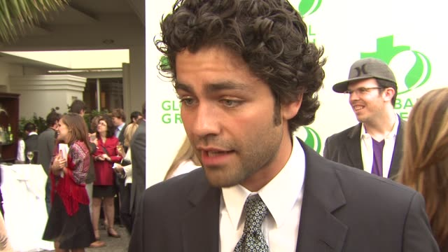 Adrian Grenier on being a part of the night what he appreciates about Global Green USA when he became a green advocate how others can live greener...