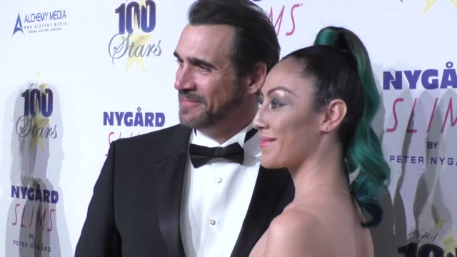 vídeos de stock e filmes b-roll de adrian paul at norby walters' 26th annual night of 100 stars oscar viewing at the beverly hilton hotel in beverly hills in celebrity sightings in los... - adrian paul