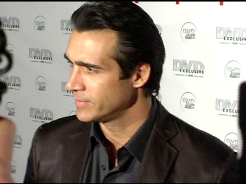 vidéos et rushes de adrian paul at the dvd exclusive awards at california science center in los angeles, california on february 8, 2005. - exclusivité
