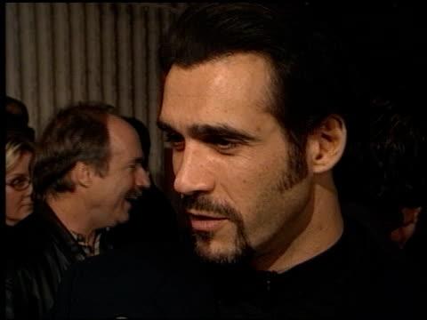 vídeos de stock e filmes b-roll de adrian paul at the 'kundun' premiere at avco cinema in westwood, california on december 15, 1997. - adrian paul