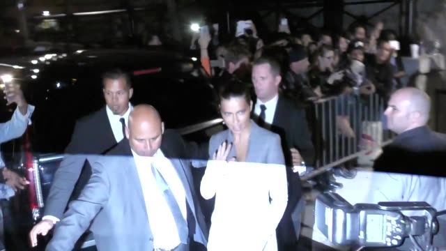 vídeos de stock, filmes e b-roll de adriana lima at fashion week in new york in celebrity sightings in new york, - adriana lima