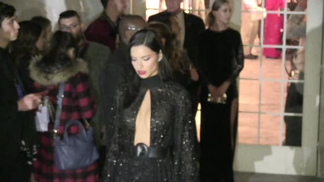 vídeos de stock, filmes e b-roll de adriana lima at the amfar the foundation for aids research kick off new york fashion week with its annual new york gala at cipriani wall street in... - adriana lima
