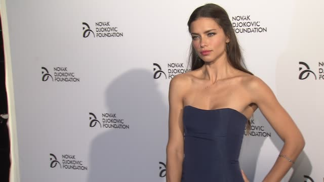 vídeos de stock, filmes e b-roll de adriana lima at the novak djokovic foundation new york dinner at capitale on september 10 2013 in new york new york - adriana lima