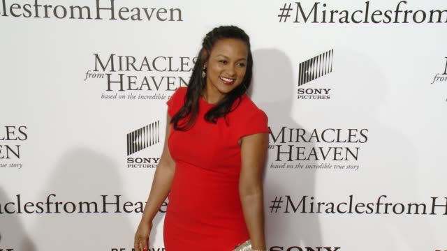 adriane hopper williams at miracles from heaven los angeles premiere at arclight cinemas on march 09 2016 in hollywood california - arclight cinemas hollywood stock videos & royalty-free footage