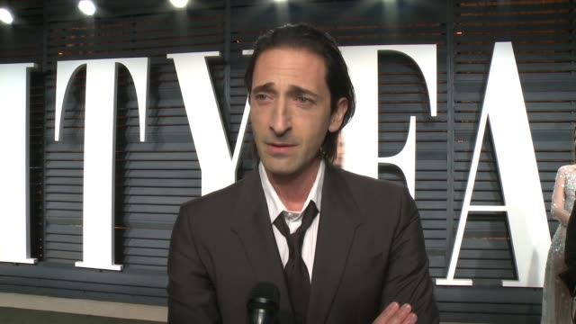 interview adrien brody at 2017 vanity fair oscar party hosted by graydon carter on february 26 2017 in beverly hills california - oscar party stock-videos und b-roll-filmmaterial