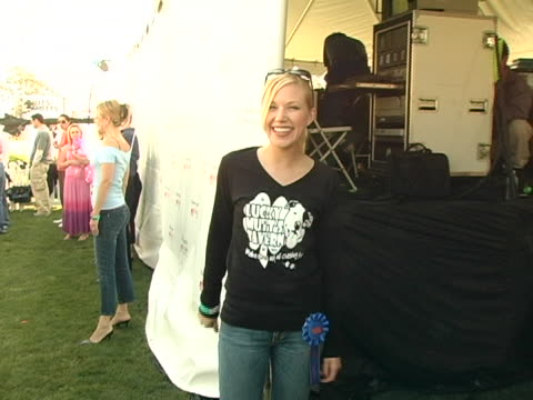 adrienne frantz at the 4th annual nuts for mutts event at pierce college in woodland hills, california. - adrienne frantz stock-videos und b-roll-filmmaterial