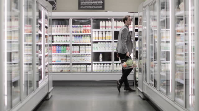 adult male dancing in a grocery store - negative emotion stock videos & royalty-free footage
