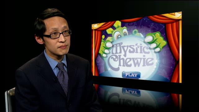 vídeos de stock, filmes e b-roll de 'advergames' used to target unhealthy products at children england int dr haiming hang interview sot - estilo de vida insalubre