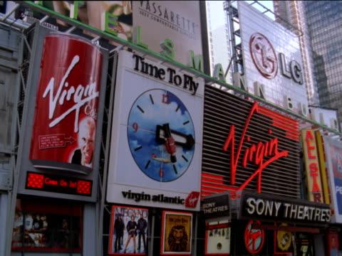 advertisements above cinema in times square, new york city - virgin megastore点の映像素材/bロール