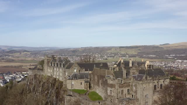 aerial 4k footage of stirling castle in stirling, scotland, uk - scottish culture stock videos & royalty-free footage