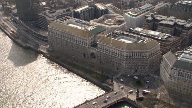 Aerial and wide shot of Thames House