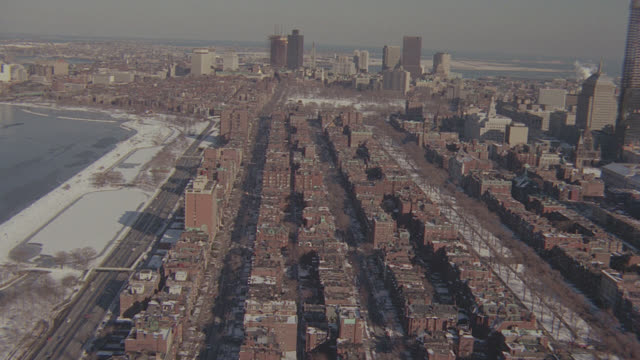 vidéos et rushes de aerial boston; winter, snow on ground; 2 - takes - boston