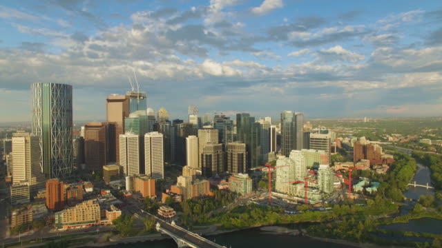 4k aerial canada: rotate view of downtown calgary - calgary stock videos & royalty-free footage