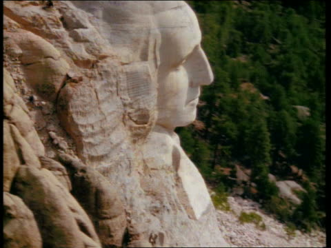 aerial circling front of mount rushmore / south dakota - mt rushmore national monument stock videos and b-roll footage