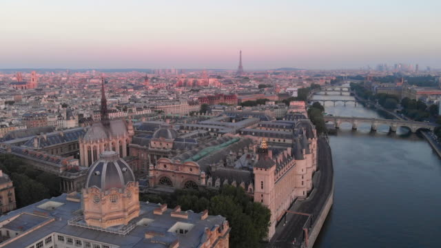 aerial cityscape of seine river at sunrise - river seine stock videos & royalty-free footage