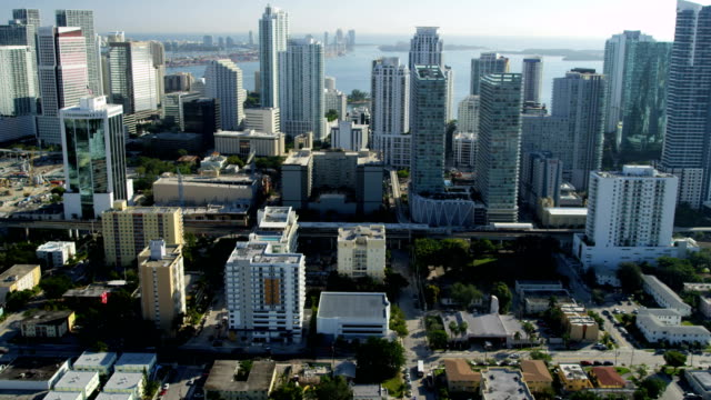 aerial cityscape view downtown financial district skyscrapers miami - biscayne bay stock videos & royalty-free footage