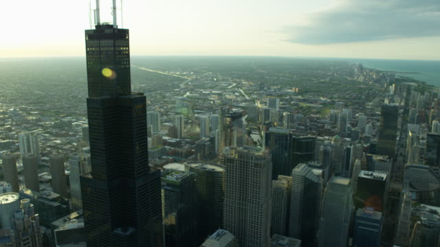 aerial cityscape view of chicago skyscrapers and suburbs - willis tower stock videos & royalty-free footage