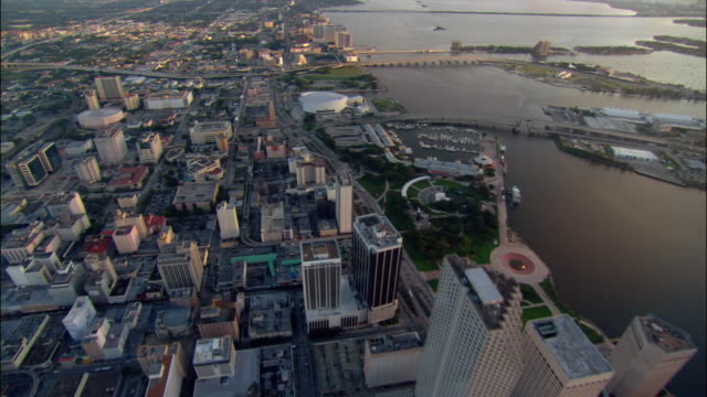 aerial cityscape, waterfront, and highways/ miami - venetian causeway bridge stock videos & royalty-free footage