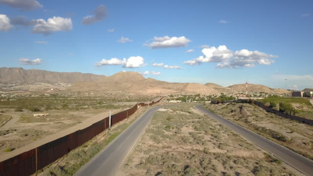 aerial clip of the us/mexico border wall between new mexico and chihuahua - department of homeland security stock videos & royalty-free footage