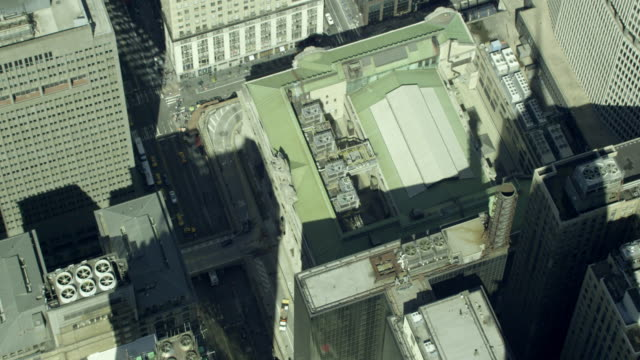 aerial close-up grand central terminal from above - zoom in stock videos & royalty-free footage