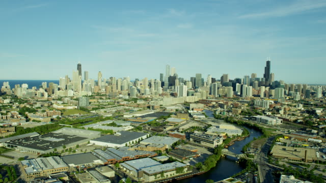 aerial distant view of chicago usa cityscape - sears tower stock-videos und b-roll-filmmaterial