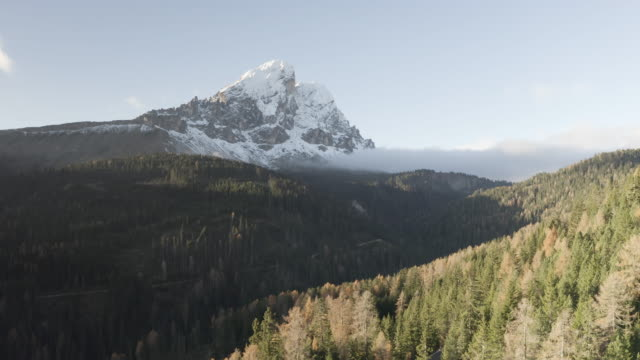 aerial/ drone of sass de putia in the dolomites, italy. - panoramic stock videos & royalty-free footage