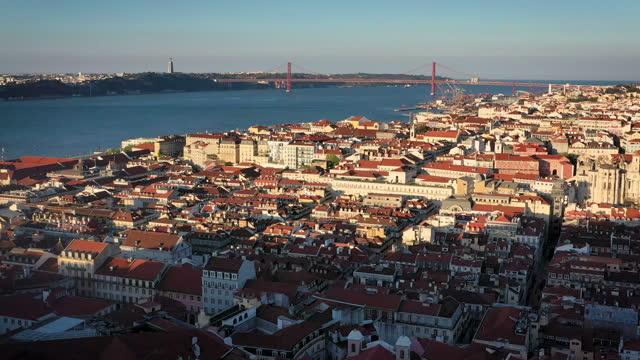 aerial drone shot of the city of lisbon, castelo de são jorge - town stock videos & royalty-free footage