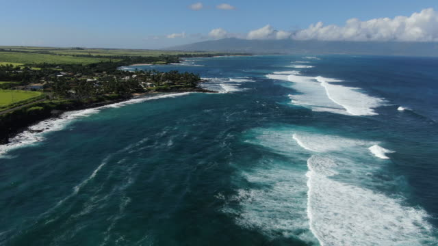 aerial drone view flying over ocean - hawaii islands stock videos & royalty-free footage