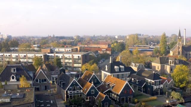 オランダ・北オランダのウォーターランド市町村の空中ドローン写真 - オランダ点の映像素材/bロール