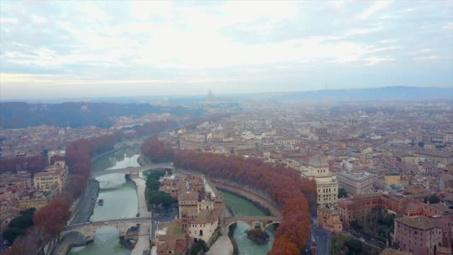 aerial drone view of rome, italy and the river tiber. - time-lapse - ponte video stock e b–roll