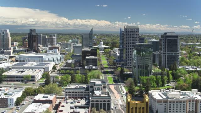 aerial establisher of capitol mall and downtown sacramento - sacramento stock videos & royalty-free footage