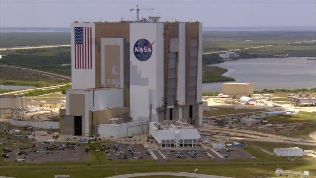 Aerial facade Vehicle Assembly Building / John F. Kennedy Space Center / Cape Canaveral, Florida
