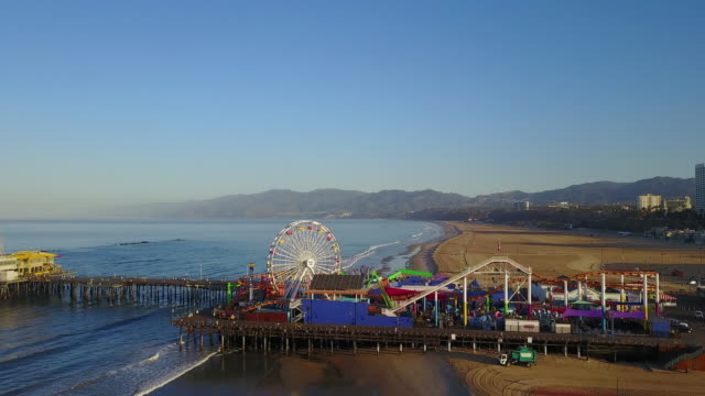 aerial: fast ascent santa monica pier - santa monica pier stock videos & royalty-free footage