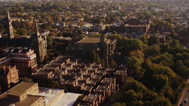 vidéos et rushes de aerial flying over georgetown university, washington d.c. day - georgetown washington dc