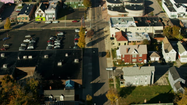 aerial flying over street in suburbs of buffalo ny - buffalo new york state stock videos & royalty-free footage