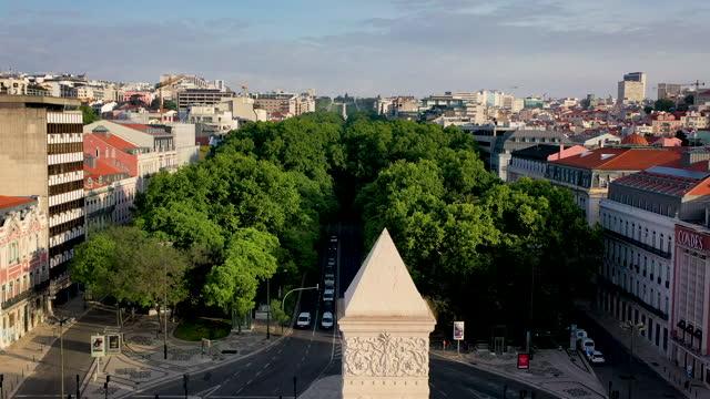 aerial footage from lisbon main street av da liberdade - liberdade stock-videos und b-roll-filmmaterial